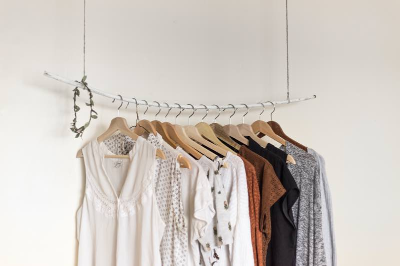clothes decluttering