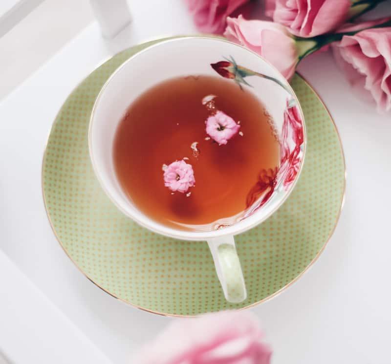 tea leaves reading cup